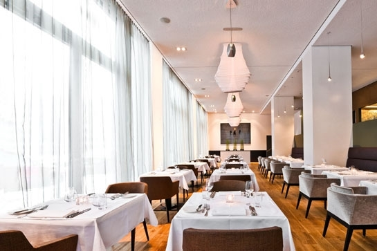 GERMANY-Berlin- Hotel cosmo_restaurant1_0.jpg