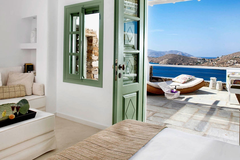 GREECE-ios-liostasi-ios-hotel-spa-rooms1.jpg