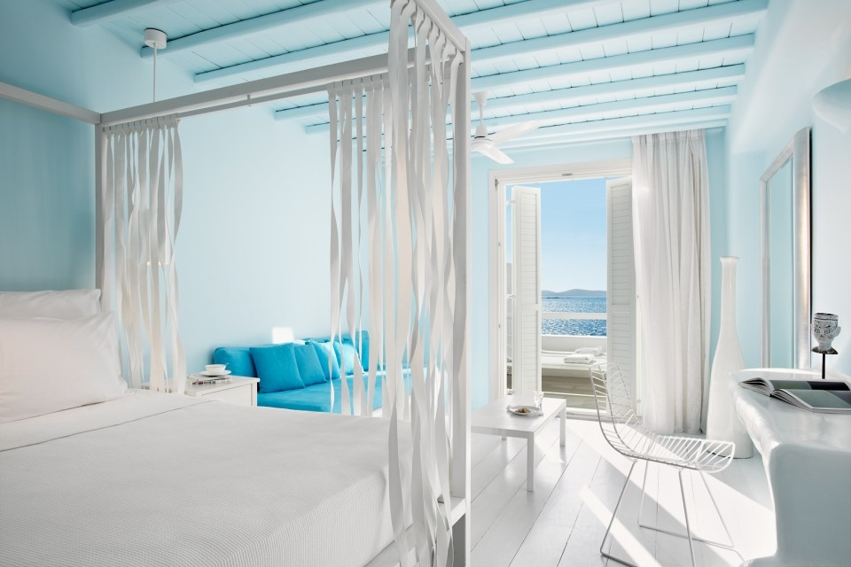 GREECE-Mykonos-CavoTagoo-Rooms3.jpg