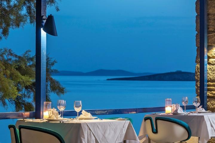 GREECE-Mykonos Theoxenia-Dining.jpg