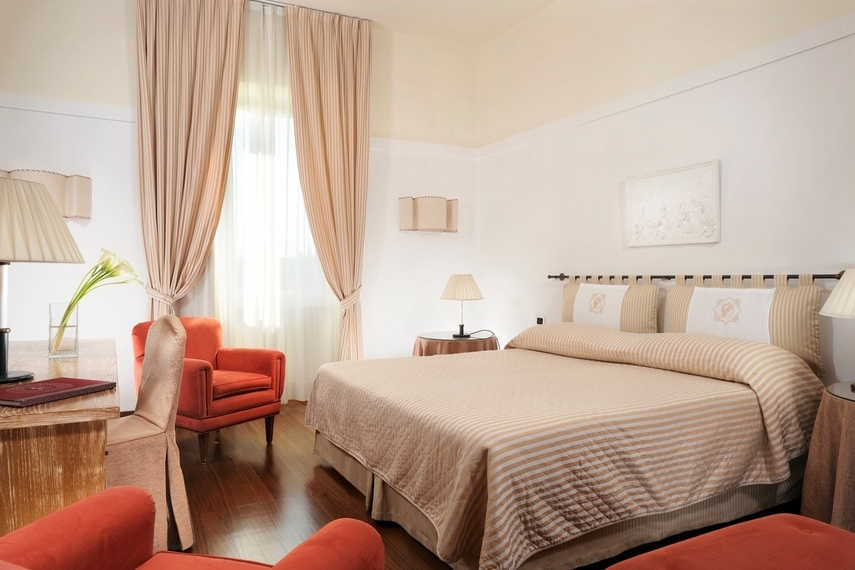 ITALY-FLorence- Grand Hotel MInerva -Classic_Double_Bed_.jpg