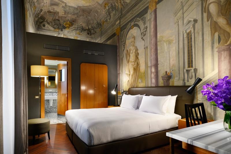 ITALY-Florence-Hotel Garibaldi Blu-room with frescos.jpg