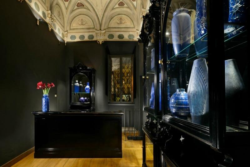 ITALY-Florence-Hotel Garibaldi Blu-Receptionbottom.jpg