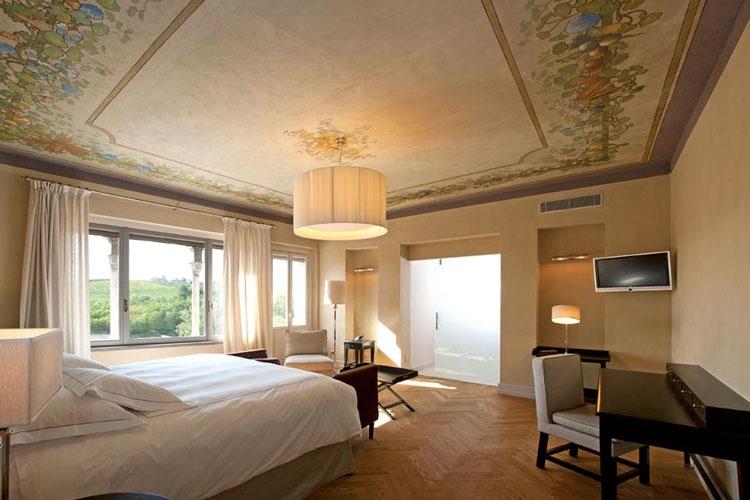 ITALY - Piedmont - villa-pattono_room 2.jpg