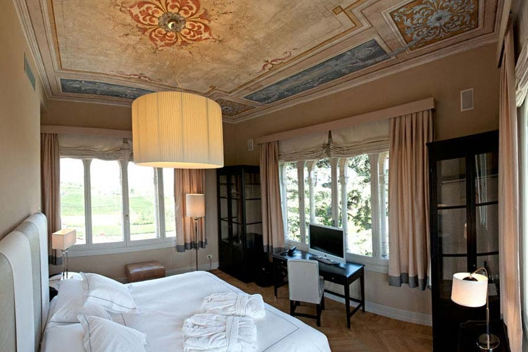 ITALY-Piedmont-_villa-pattono_Tower Suite Bedroom .jpg