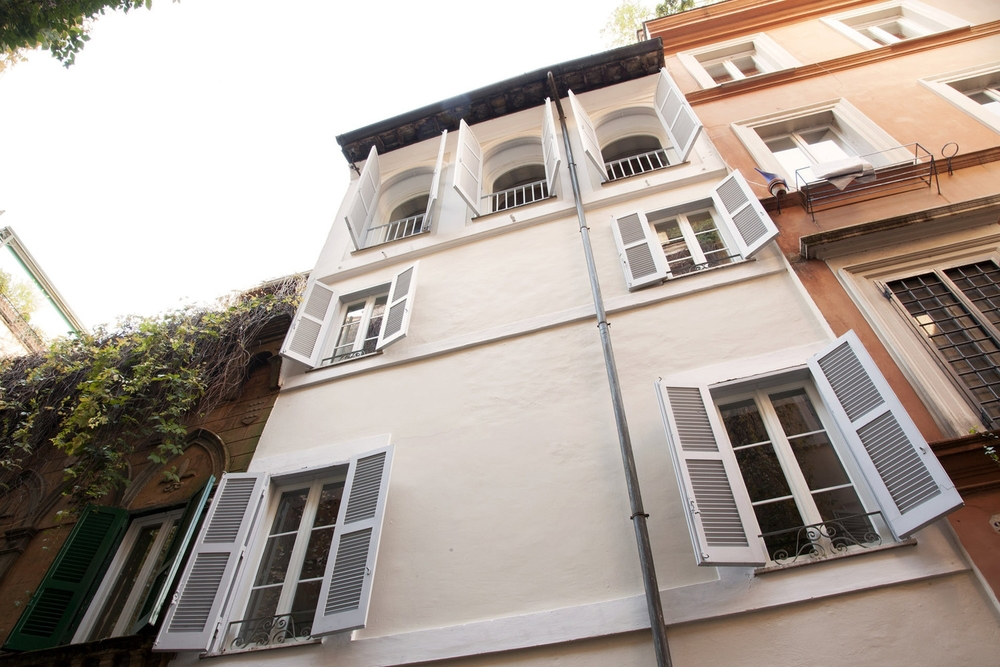 ITALY-Rome -Casa-Fabbrini-Roma-exterior.jpg