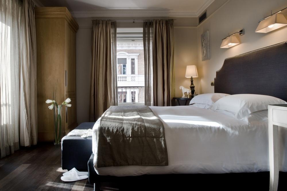 ITALY-Rome -casa_montani_room_006_1.jpg