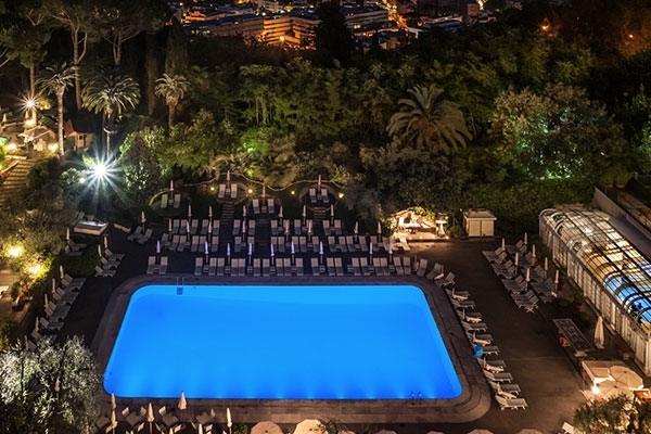 ITALY - Rome Calivieri Waldorf Pool .jpg