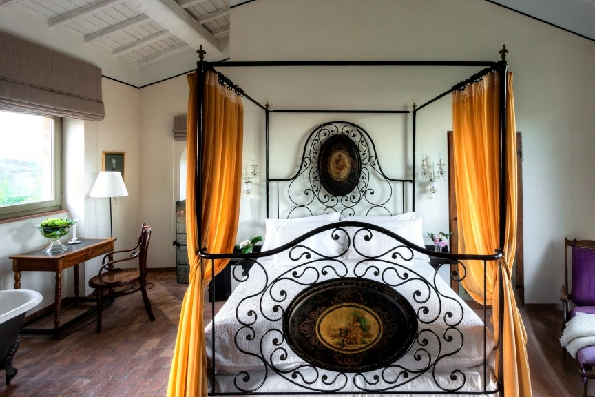ITALY - Corte_Maesta-Room 3.jpg