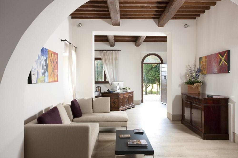 ITALY-TUscany-Poggio Piglia - Lobby.jpg