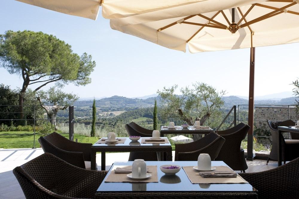 ITALY-TUscany-Poggio Piglia-Terrace dining.jpg