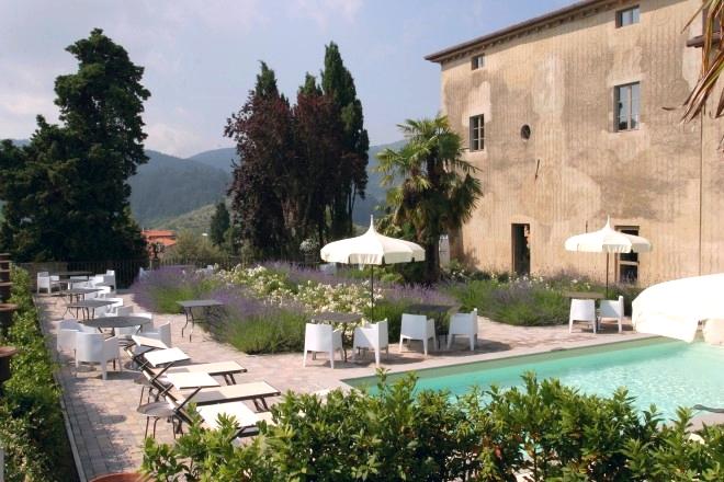 ITALY-Tuscany-villa-sassolini-hotel-pool, garden.jpg