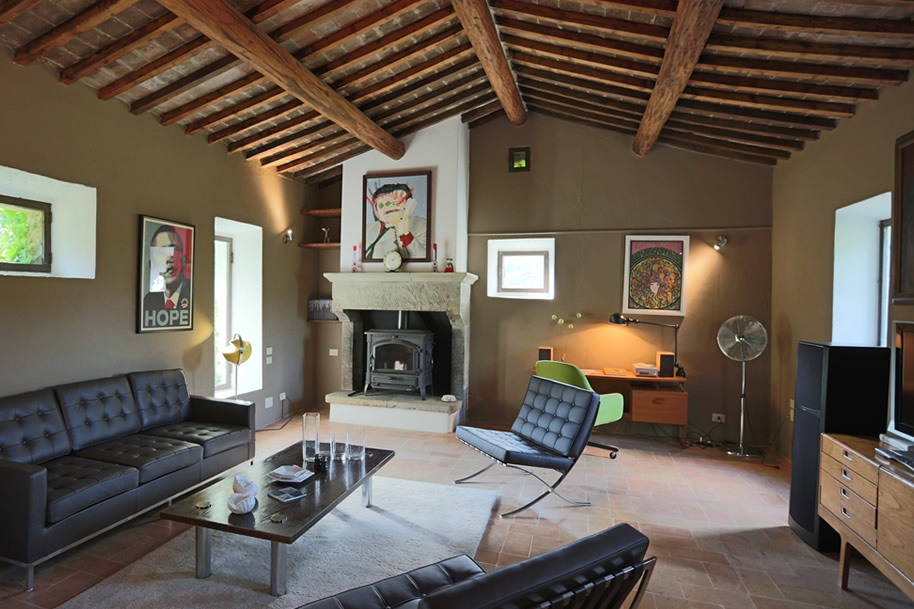 ITALY-Umbria-Villa Metato-Living room.jpg