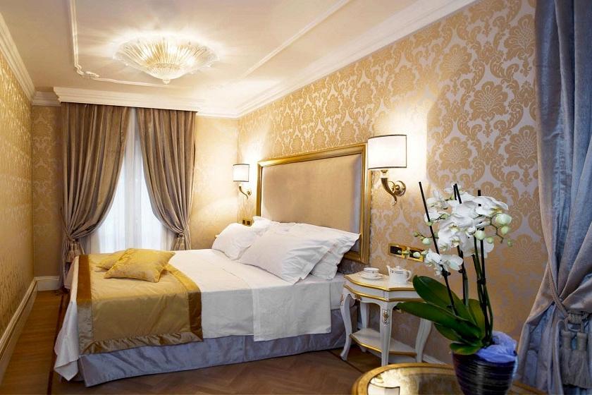 ITALY -venice-hotel-ai-reali-classic.jpg