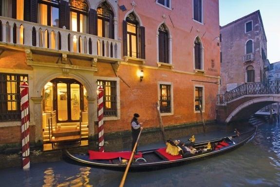 ITALY-Venice-Hotel Ai Reali-Canal Entrance.jpg