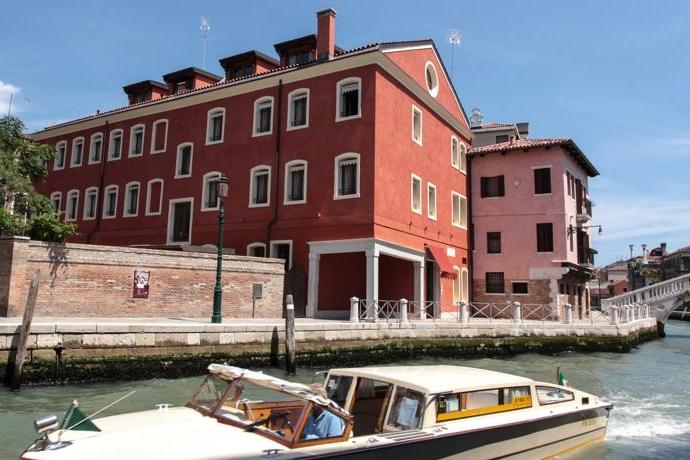 ITALY-VEnice-hotel moresco exterior 1.jpg