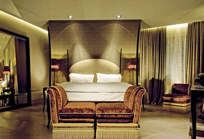 ITALY-Venice-Hotel palazzo-barbarigo-large room.jpg