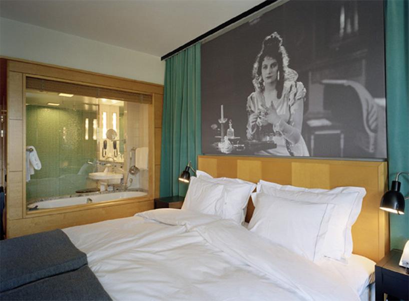 hotellrum1_copy600.jpg