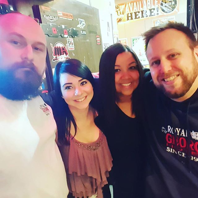 Come visit the dream team at @theroyalgeorge also with live music from @shandrathesinger and Slow Motion Walter right now!  #RGLife #HeartOfTranscona #RoyalGeorge #drinks #friends #family