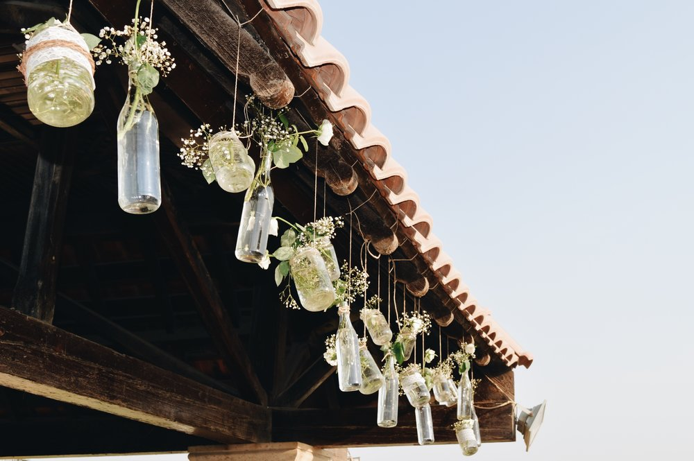 Dangling jars give a rustic vibe