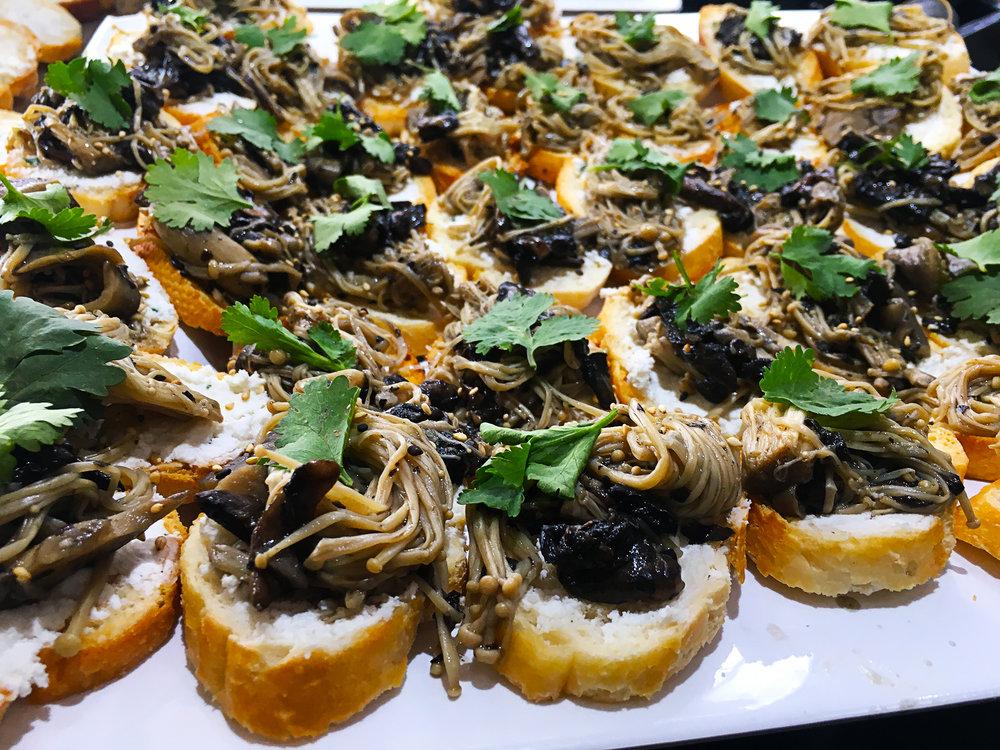 Mushroom bruschetta medium.jpg