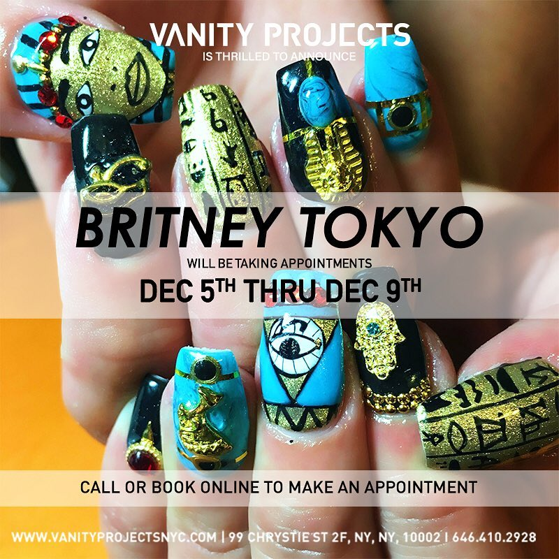 26-Britney-120516.jpg