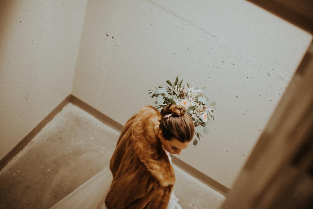 aleicht-katiejohn-wedding-peek-0343.jpg