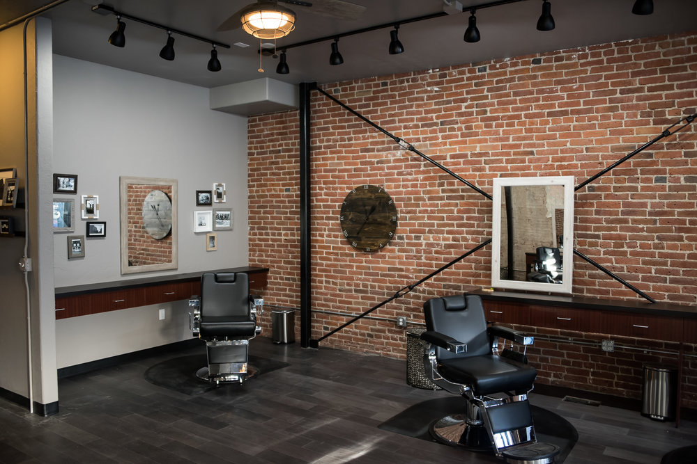 Franks Salon-28.jpg