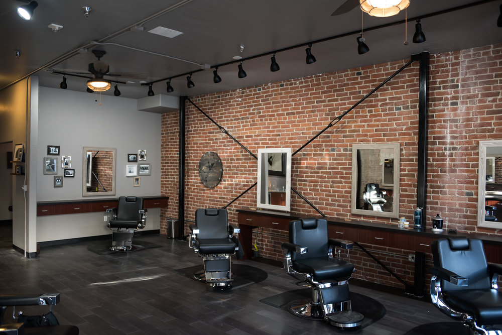Franks Salon-29.jpg