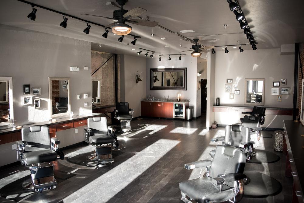 Franks Salon-40.jpg