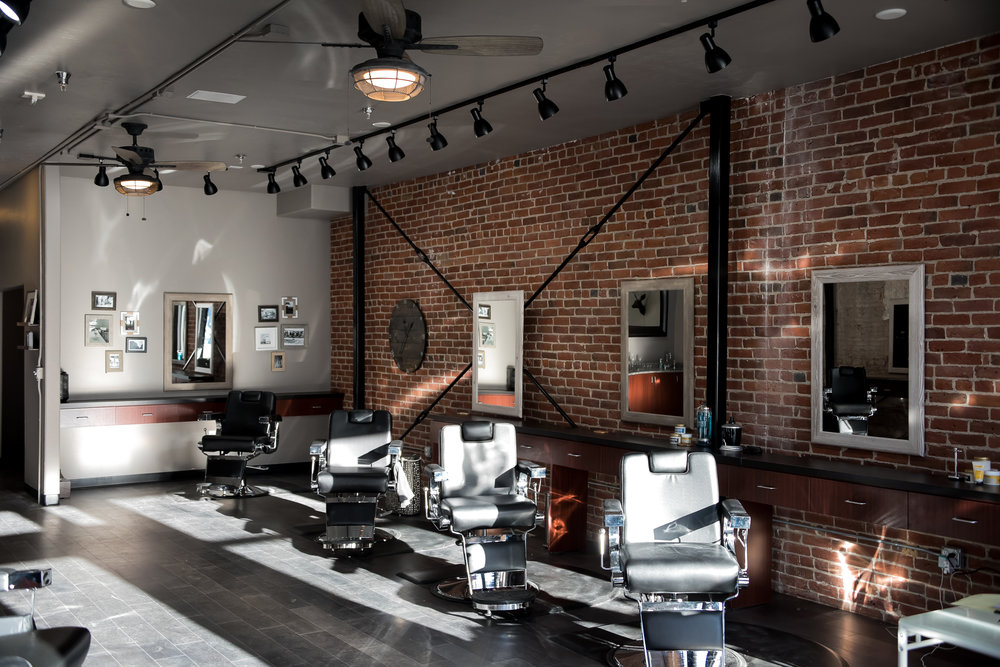 Franks Salon-45.jpg