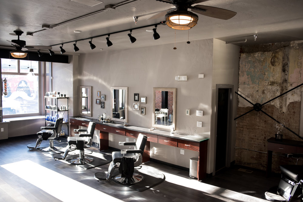 Franks Salon-53.jpg