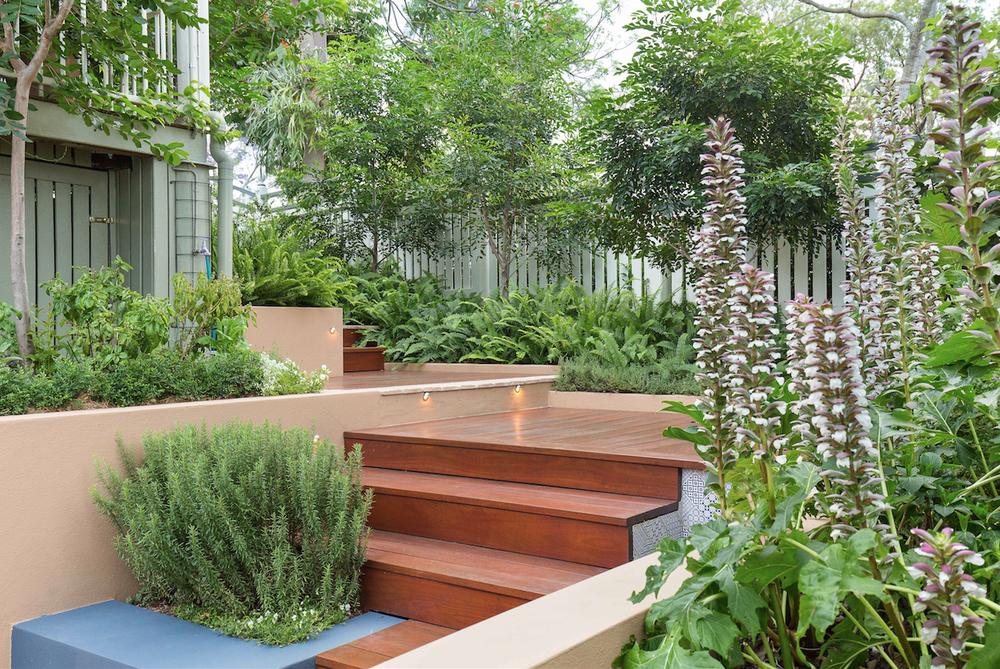 Courtyard-garden-3.jpg