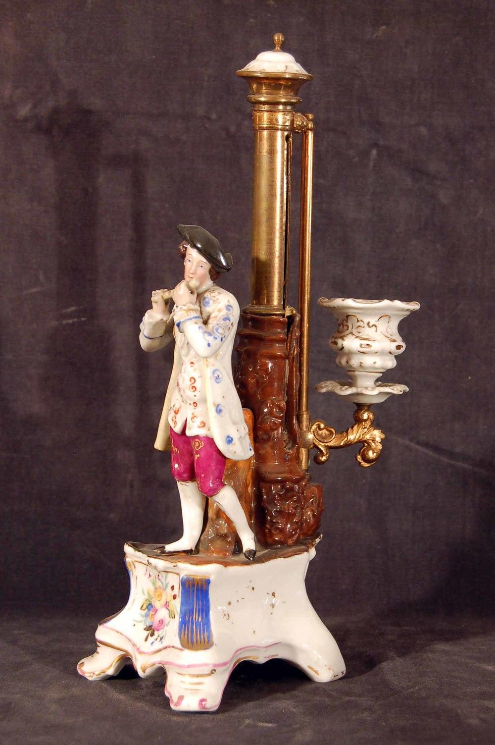 Kerzenleuchter, Porzellan, Messing wohl Böhmen, 19.Jh; Höhe ca. 30cm