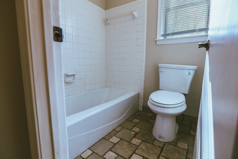 bathroomfix1.jpg