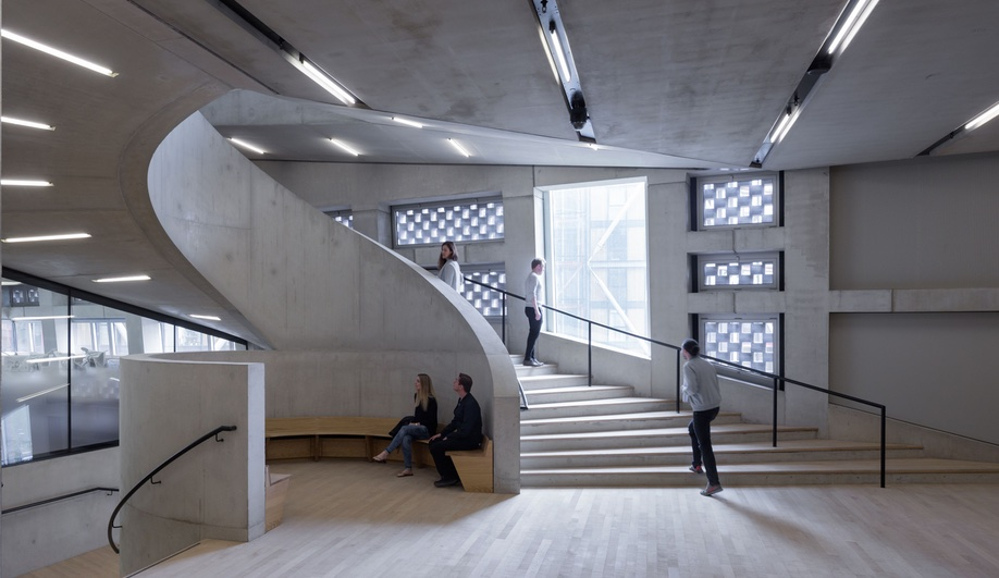 Switch-House-Tate-Modern-Stairwell-2-Azure.jpg