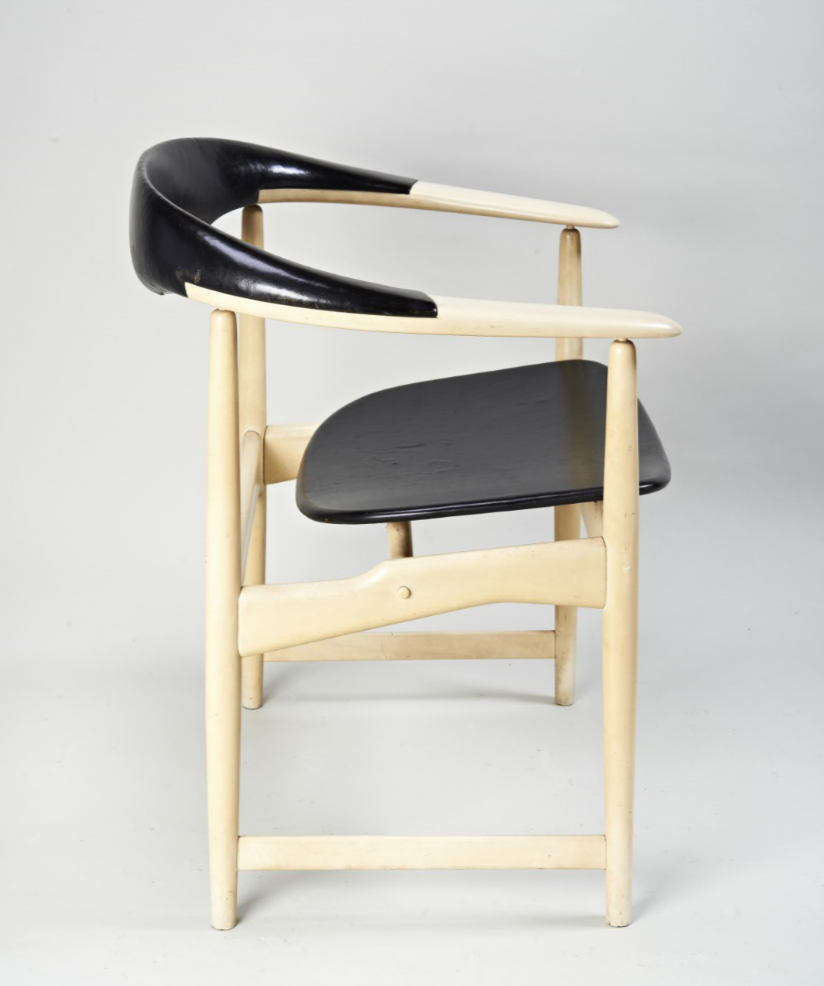 Arne+Hovmand-Olsen+Chair+side.PNG