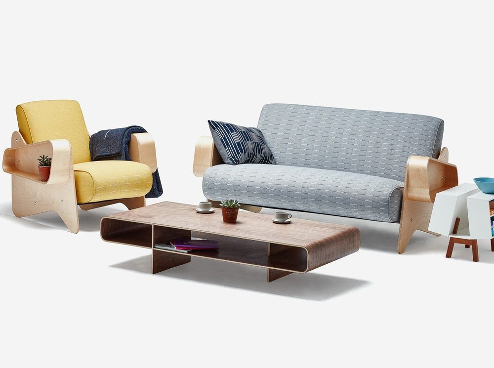 IsokonPlus_Breuer_Sofa_Armchair_Loop_Coffee_DK2_dressed_webjpg.jpg