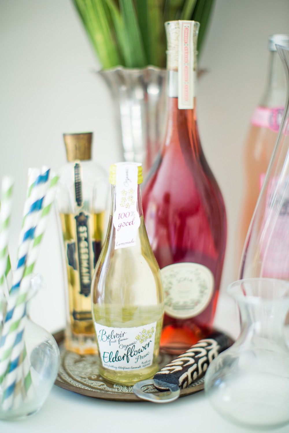 Drink display inspiration | Make Your Own Drink Bar | Southern home style | The School of Styling - theschoolofstyling.com