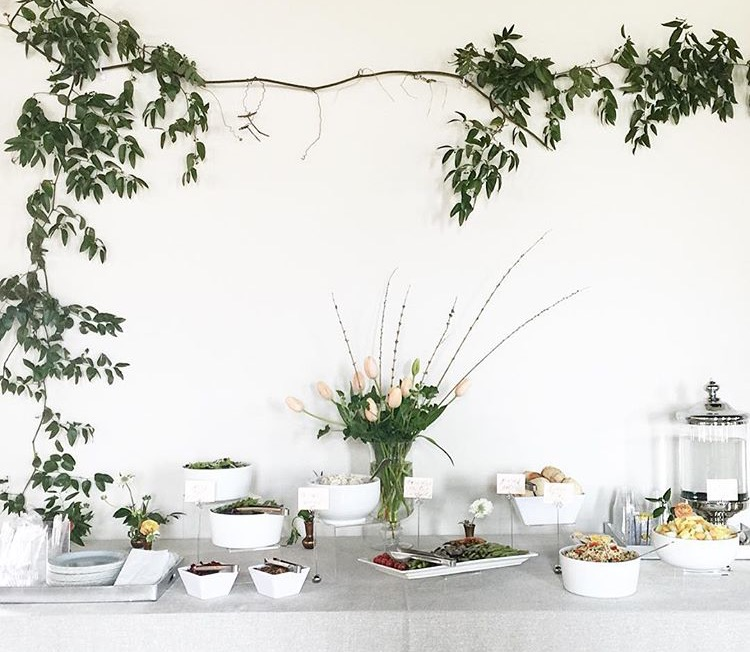 Table styling | Floral centerpiece inspiration | Lunch bar inspiration | The School of Styling Nashville - A three-day hands-on workshop for creative entrepreneurs. http://www.theschoolofstyling.com
