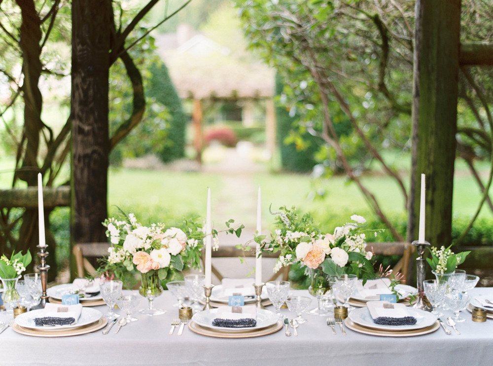 Outdoor Wedding Reception Tablescape Inspiration. The School of Styling - How to Style a Beautiful Table. Photo by Maria Lamb. http://www.theschoolofstyling.com