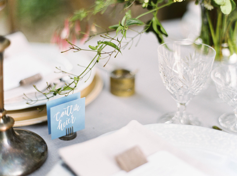 Place setting-neutral palette-namecard-outdoor wedding-reception-rustic-vintage-tablescape-