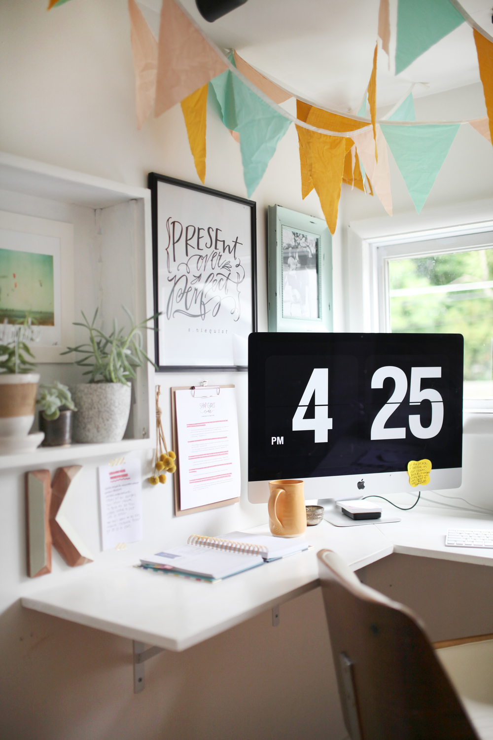 Present over perfect - home plants - office plants - DIY office - home office inspiration - clock screensaver - vallarina creative - small business owners - entrepreneurs - mompreneurs - succulents -