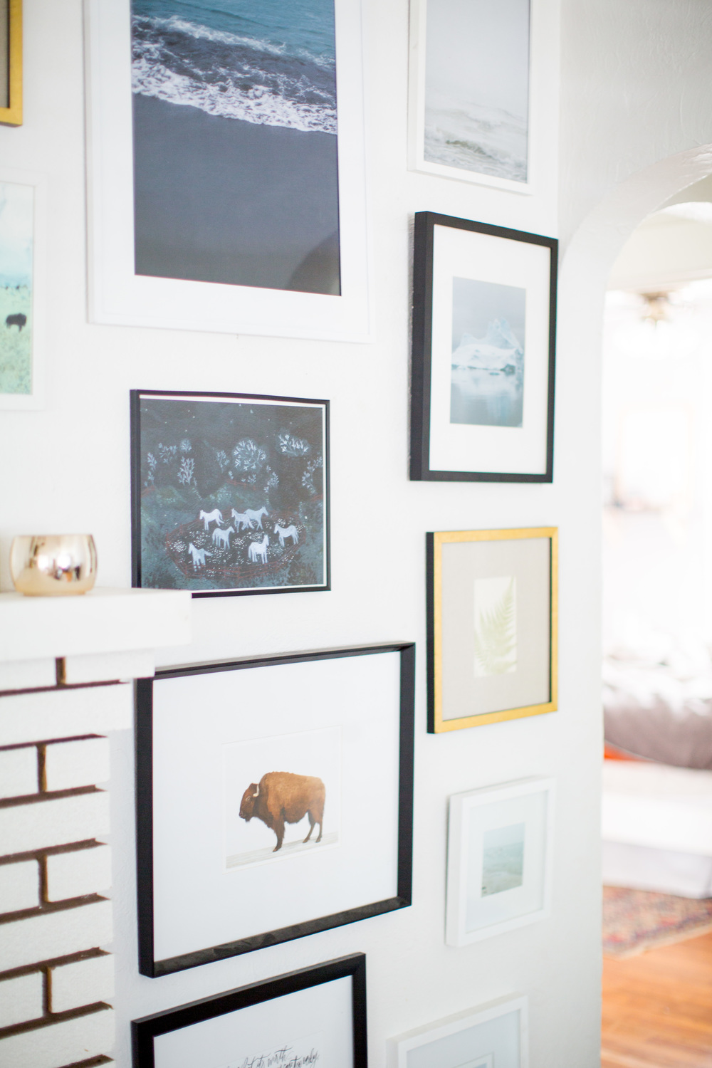 Wall decor inspiration | Shannon Kirsten Home Tour | Living room inspiration | Mantle decor | The School of Styling - http://www.theschoolofstyling.com
