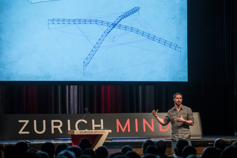 Todd discusses some of Atlas' most unique engineering aspects at Zurich Minds (Photo credit Zurich Minds).