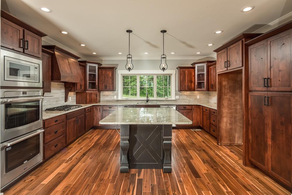 custom-kitchen-marble-countertops