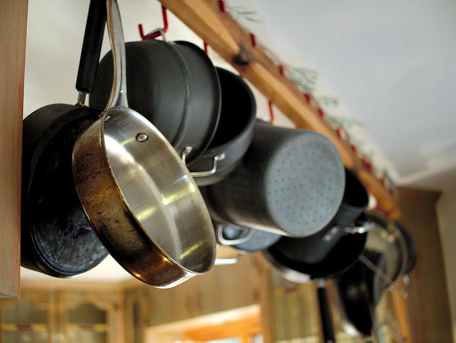 brandon-moving-storage-arkansas-move-Cooking-Pots-And-Pans-kitchen.jpg