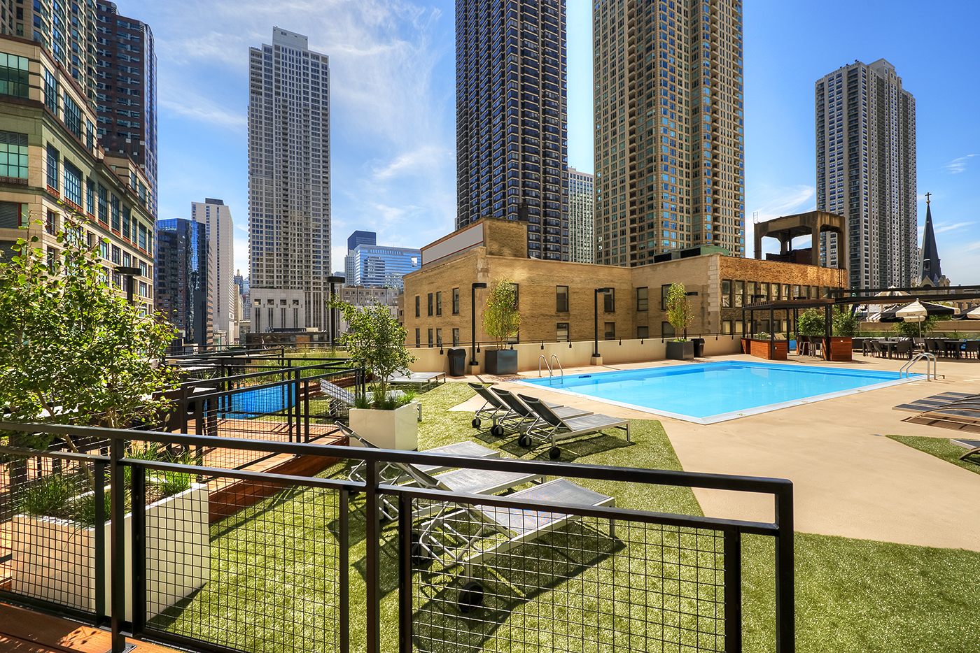 N Rush - Chicago luxury apartment