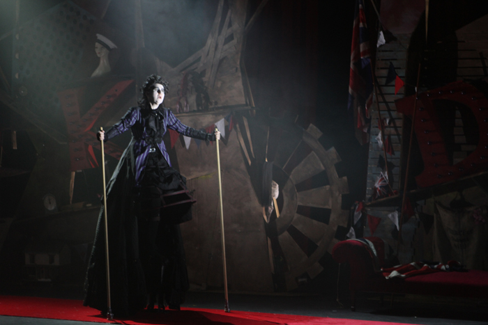 Sandra Porter in The mikado