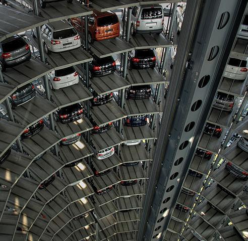 492px-Autoturm_von_Innen.jpg